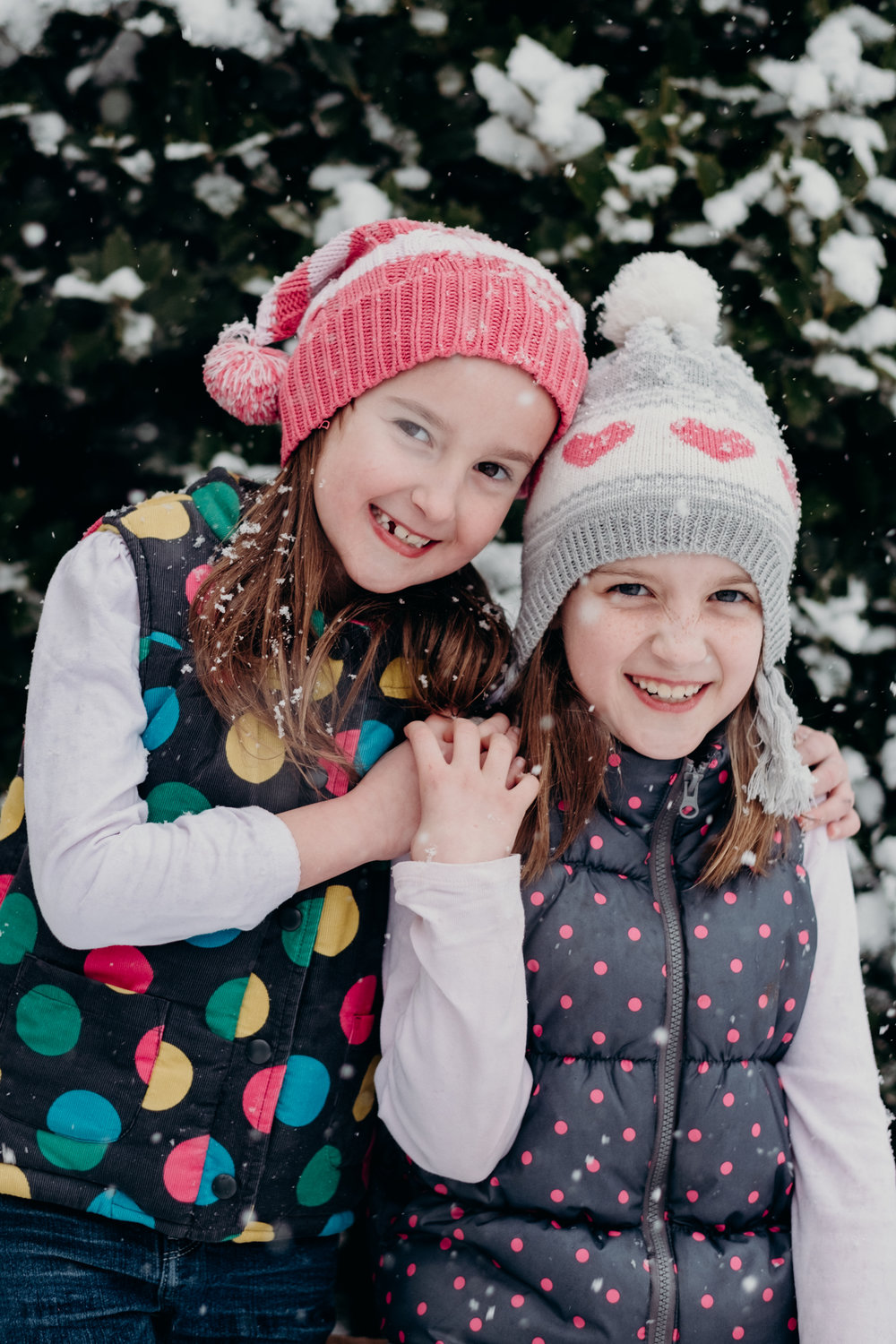 sisters and snow-11.jpg