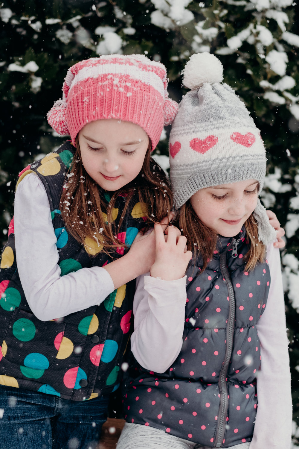 sisters and snow-12.jpg