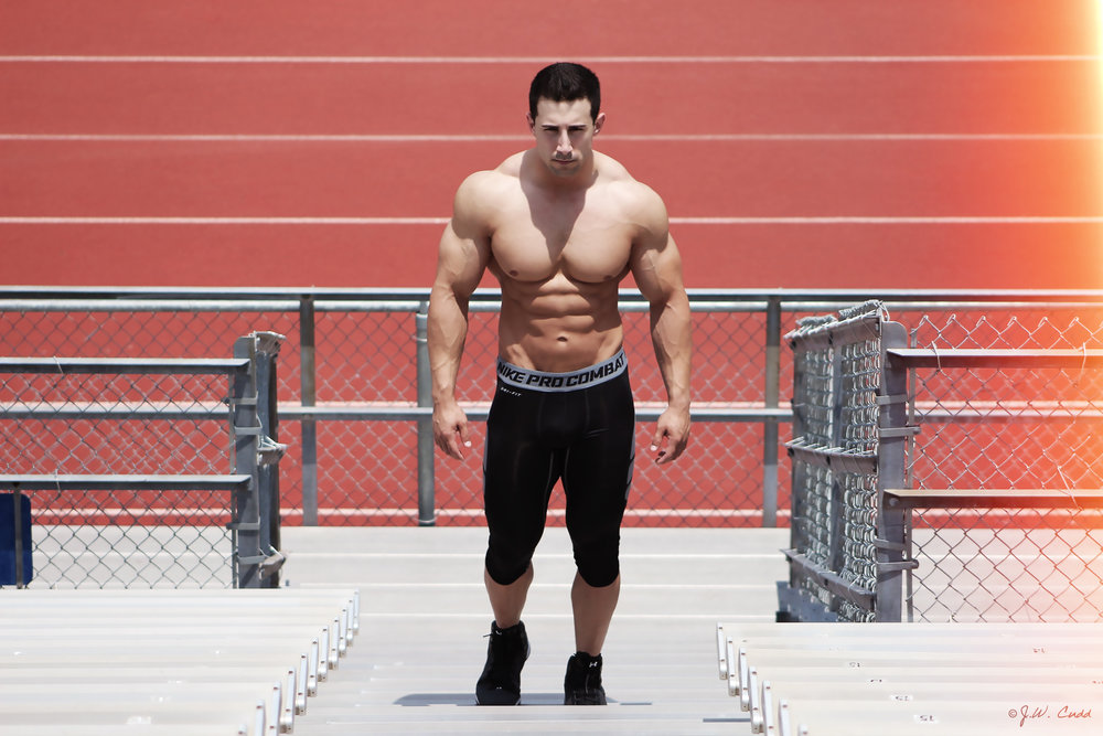 Bodybuilder:   Brock Ogle   Photographer:   J.W. CUDD