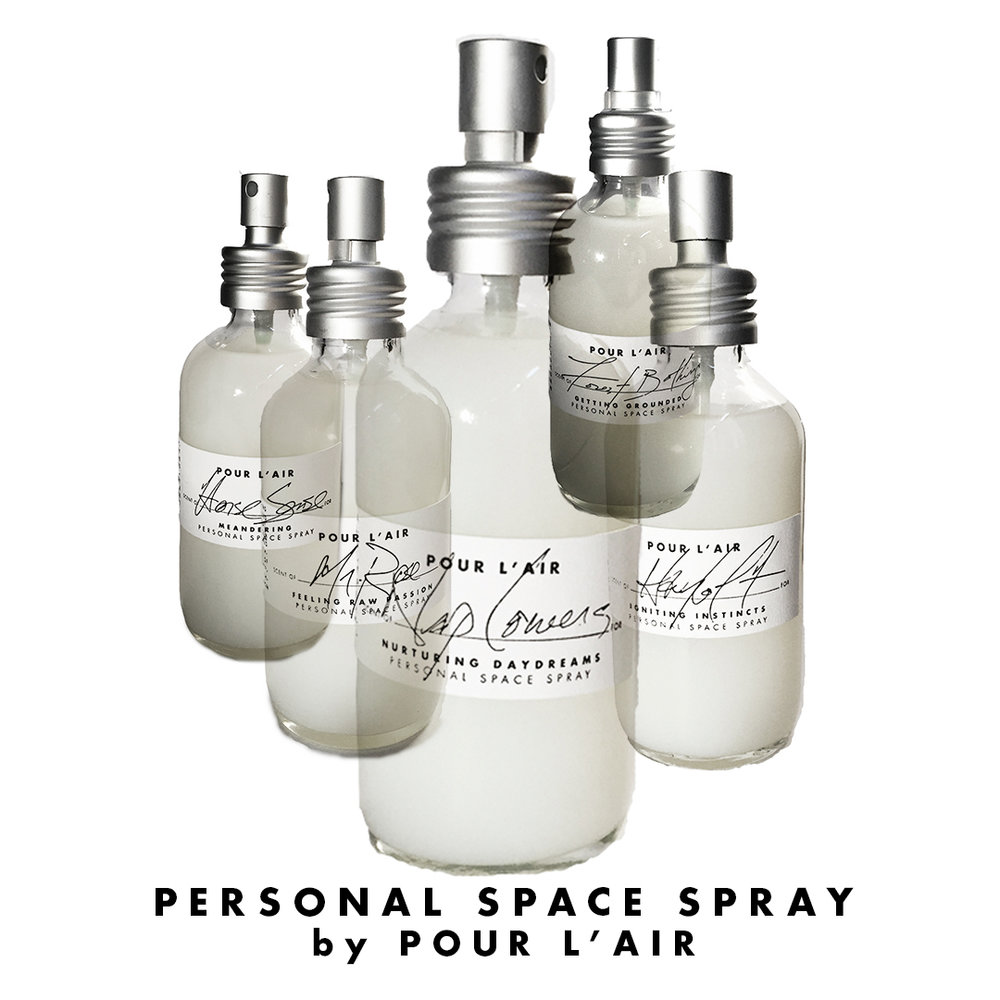 Pour l'air room spray