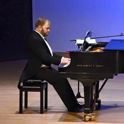 Carlos is in high demand as a Collaborative Pianist with Singers and Instrumentalists. -