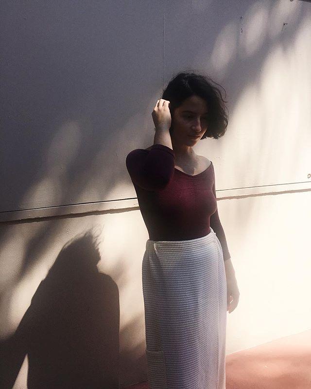 Jess, in @palomawool and honeycomb wrap skirt.