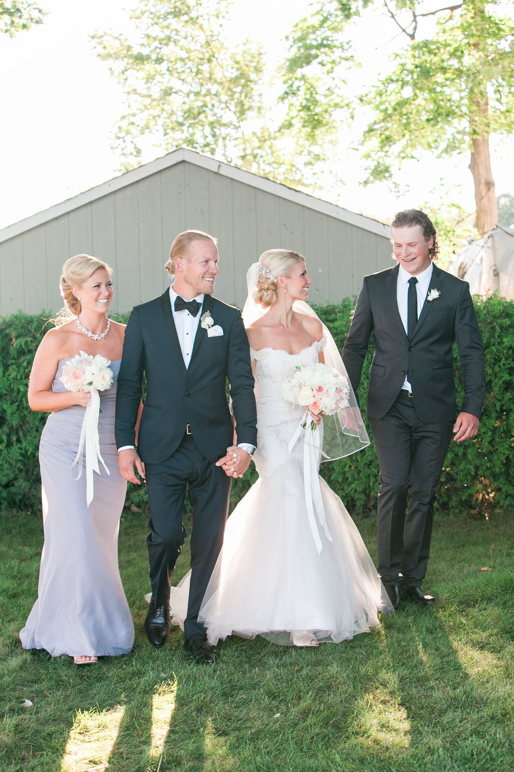 Bridal party photos in Muskoka