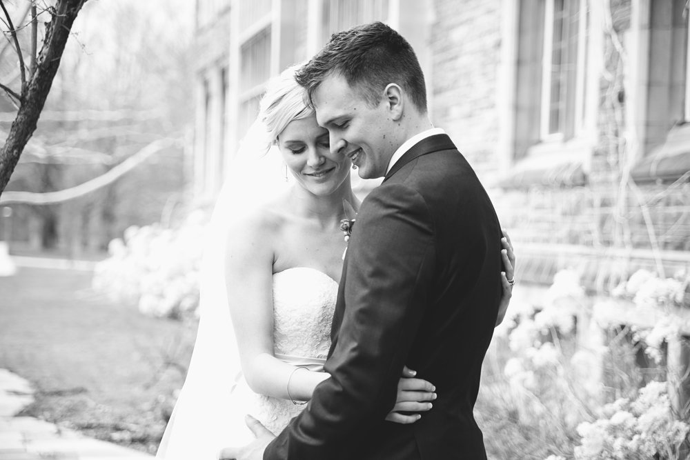 Dundas Valley Golf Club wedding photographed by Toronto wedding photographer Brittany Williams www.brittanywilliams.ca