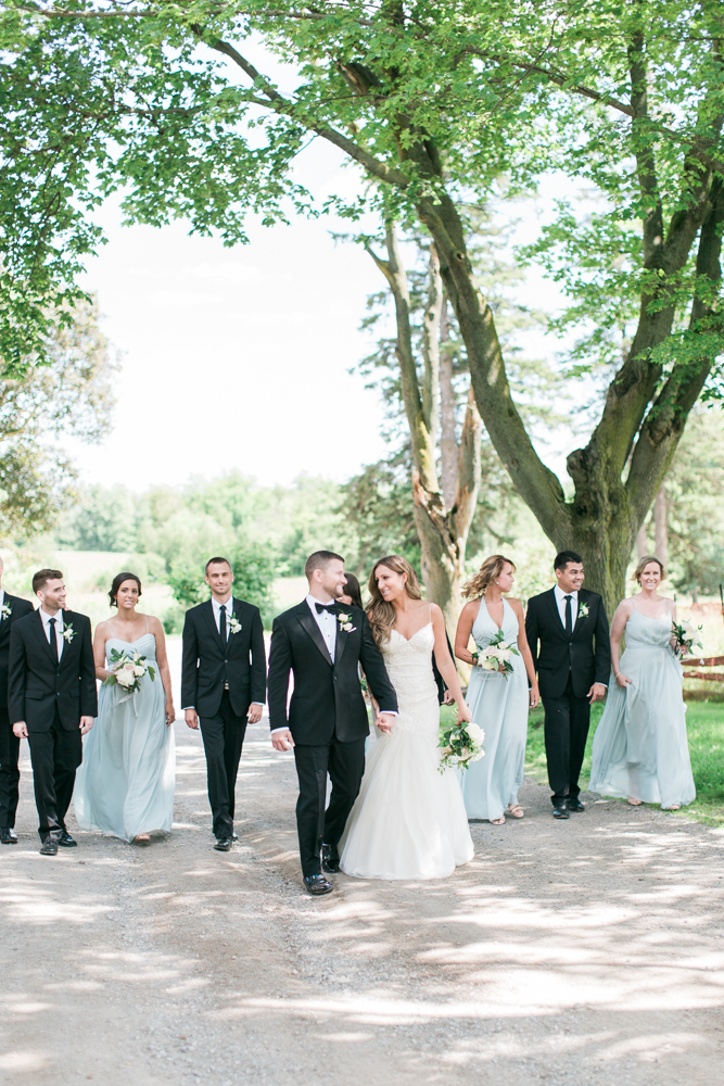 bridal party photos at scotsdale farm