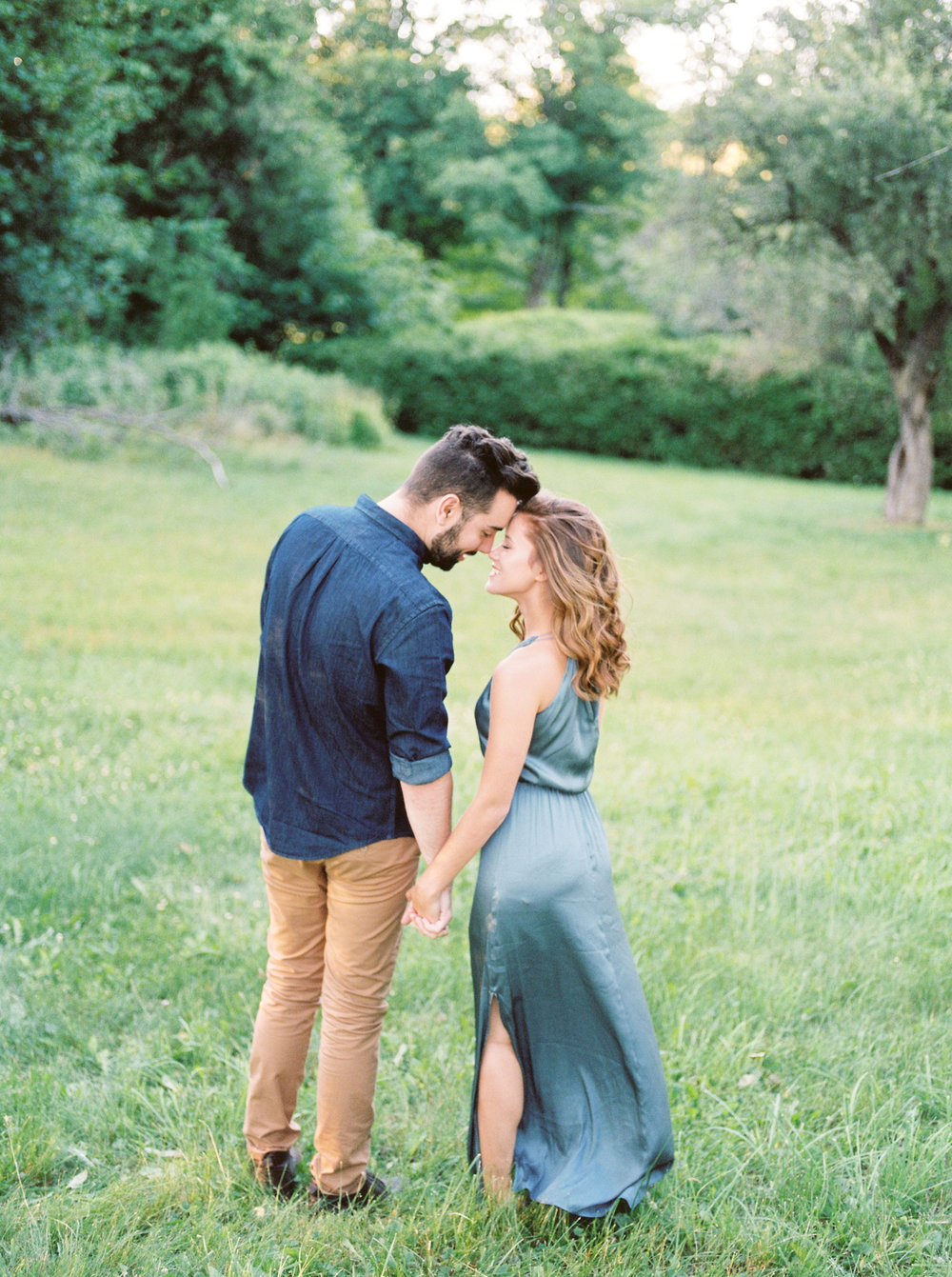 engagement photos at scotsdale farm in ontario.