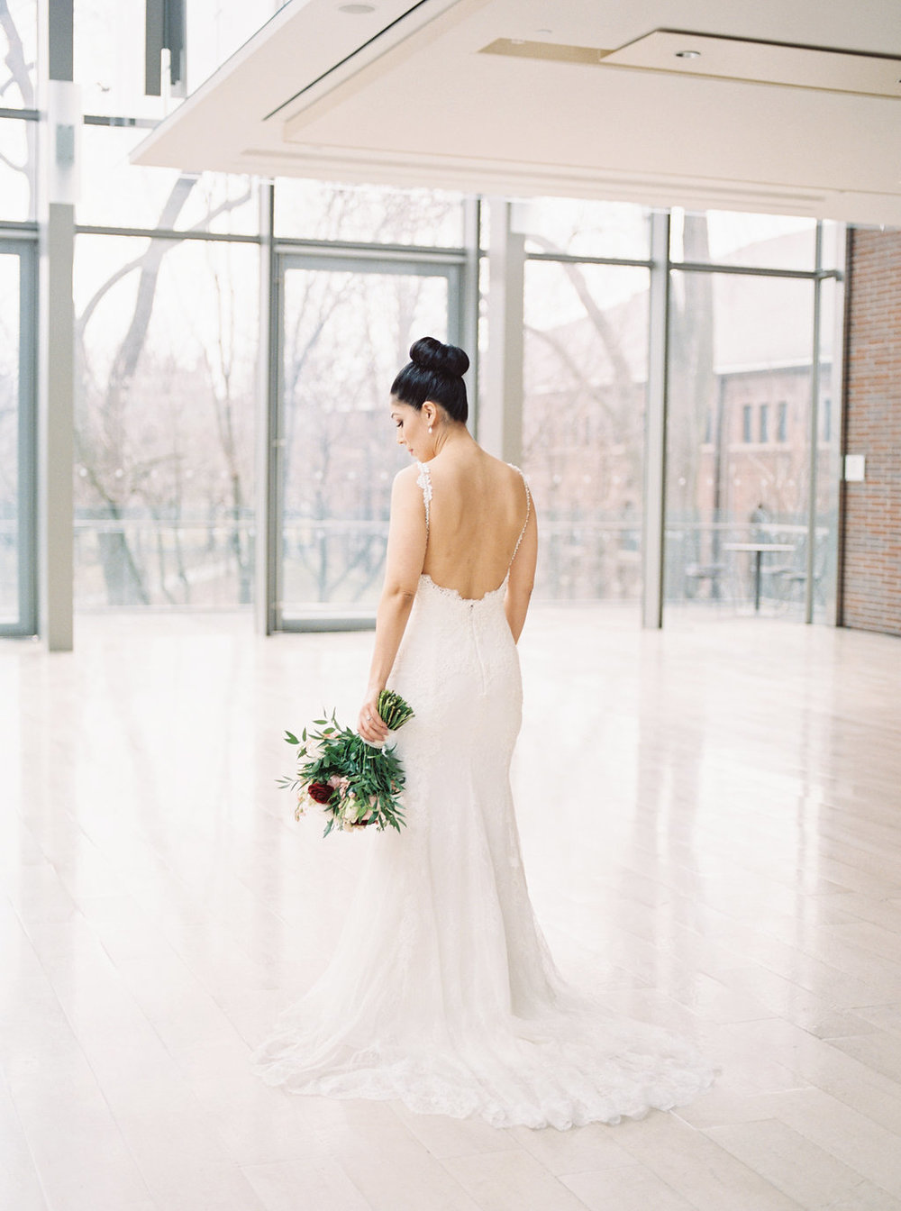 bright and airy toronto wedding photographer