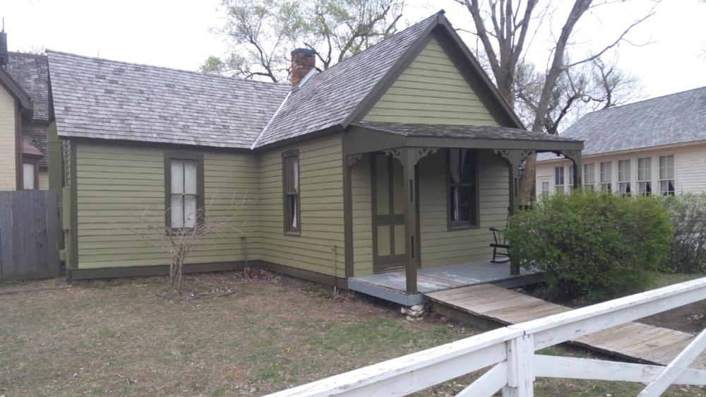 """Hodge House"""