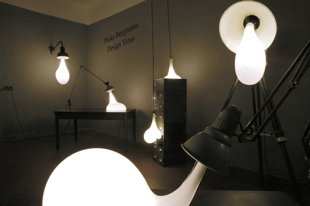 pgallerylight blubs - pieke bergmans - 2009 - photo credits - stefano galuzzi - 9.jpg