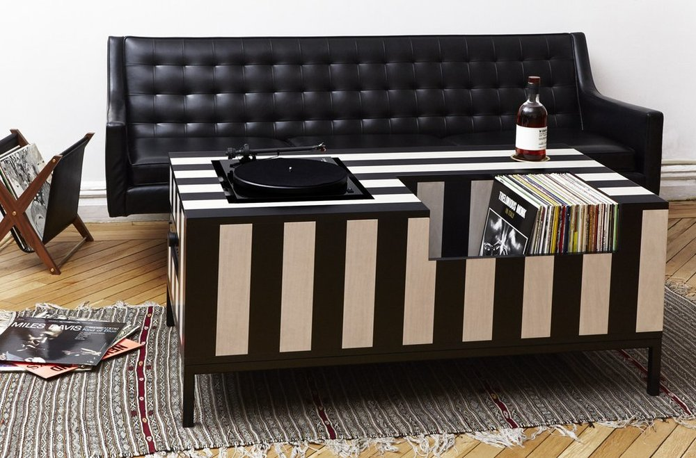 Atocha_Design_Kick_Back_Vinyl_Table_1024x1024.jpg