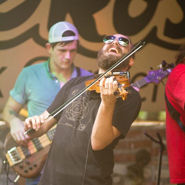 We'll be fiddling up some tunes TONIGHT at Baja BBQ Shack in Canyon Lake. Come join us for some good tunes at a beautiful venue on the marina. Damn right!  Photo by @skylarevansphotography  ______________________________ #canyonlake #themismatch #mismatchmusic #fiddle #violin #gueros #txradiolive #nbmusic #funkabilly #banjo #bajabbqshack #mandolin #guitar #drums #bass #folk #americana #blues #rock #country
