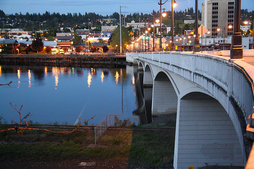 4th Avenue Bridge in 2010. Source: http://olyblog.net/fourth-avenue-bridge