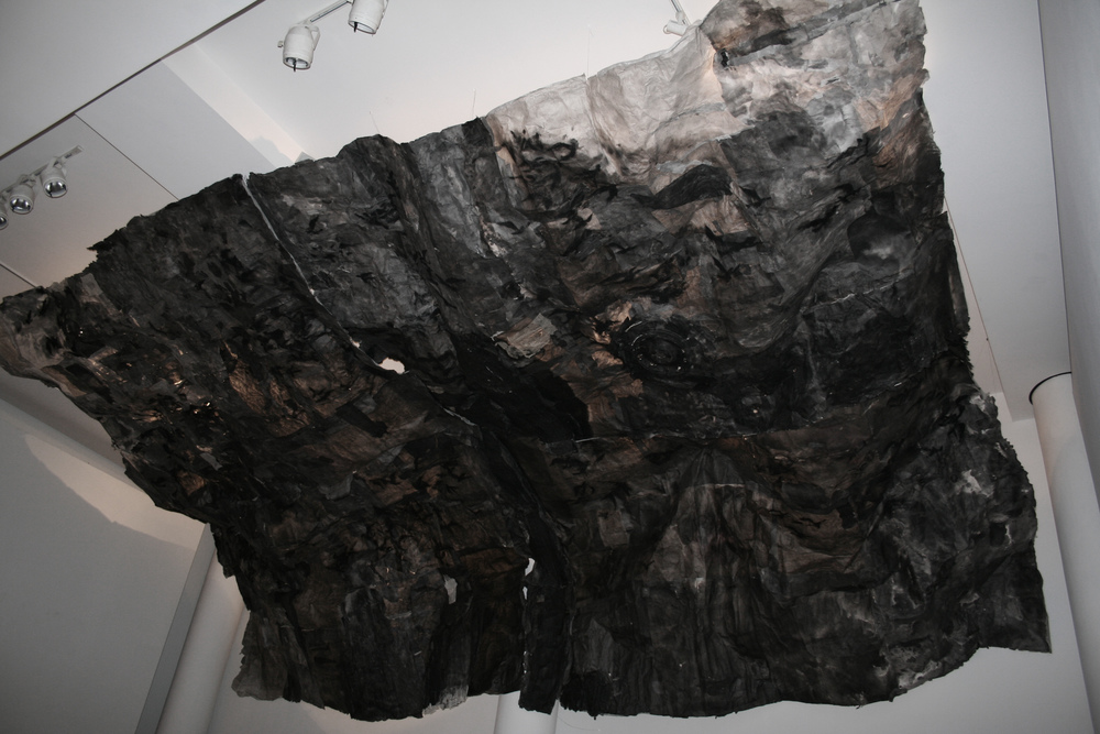 Inhale 吸, 2014 Ink and Xuan paper installation 水墨宣纸装置 30 x 13 x 6 ft.