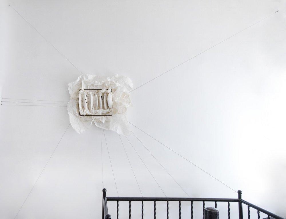 林延, 时差 ,2017. 宣纸,墨和棉线,57 x 83 x 8 cm 摄影:林沛超 ©2017 林延,致敬否画廊 Lin Yan,  Jetlag,  2017. Ink, xuan paper and cotton thread. 22 x 33 x 3 in. (57 x 83 x 8 cm) Photograph by Peichao Lin ©2017 Lin Yan, Courtesy Fou Gallery