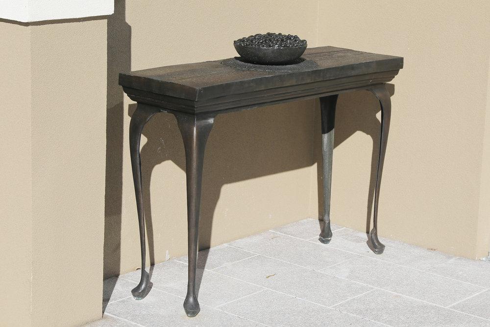 Bronze Table    |  Images Courtesy of   Abdul-Rahman Abdullah.com
