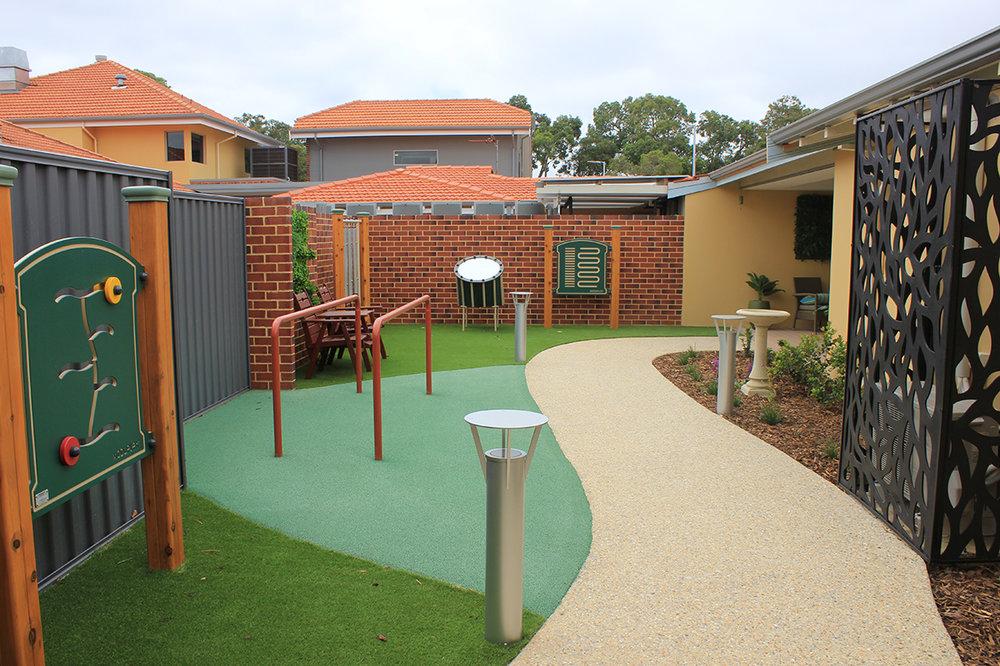 Amaroo Karri courtyard and exercise area
