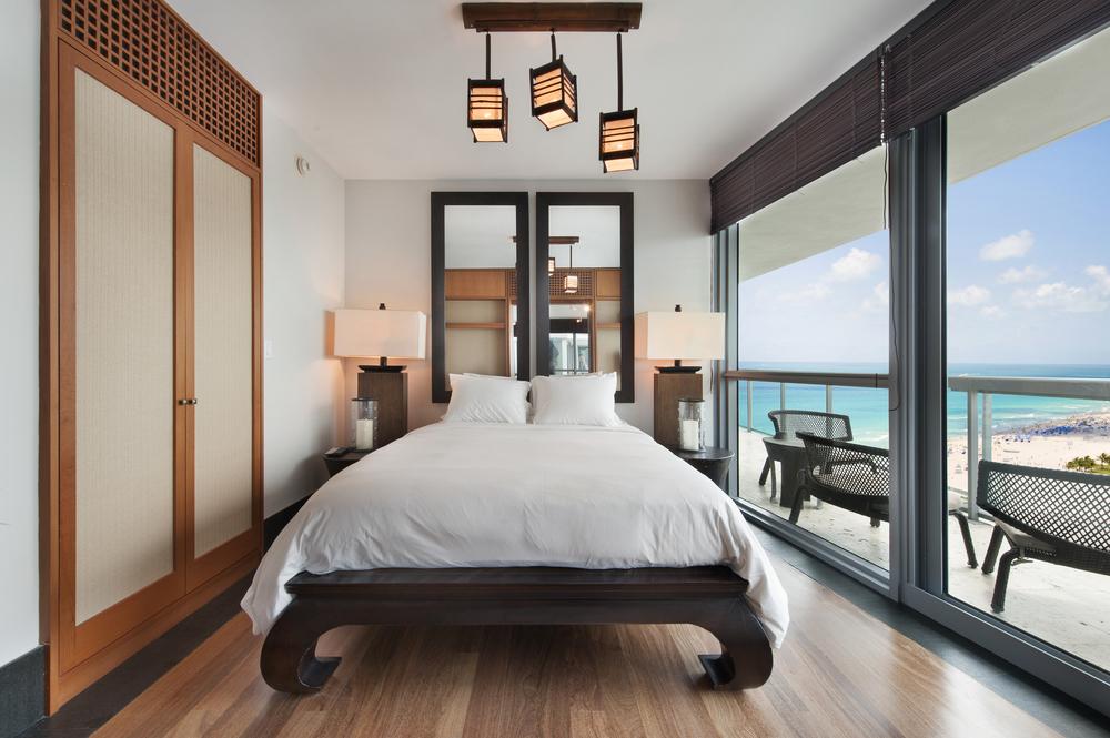 09-Bedroom.jpg