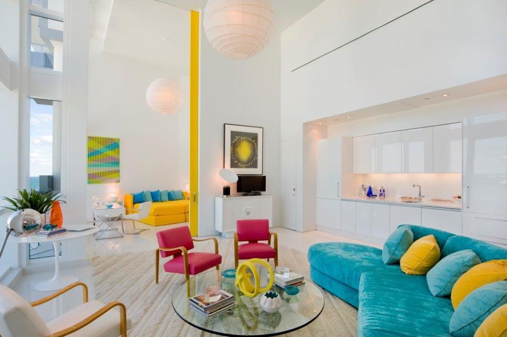 04-Living Room 4.jpg