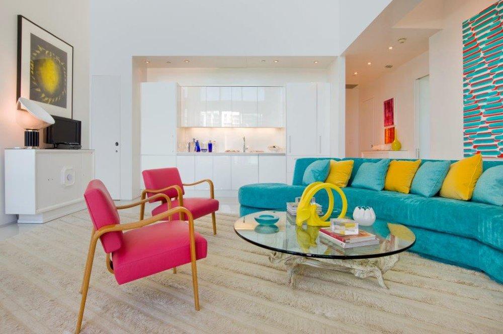 02-Living Room 2.jpg