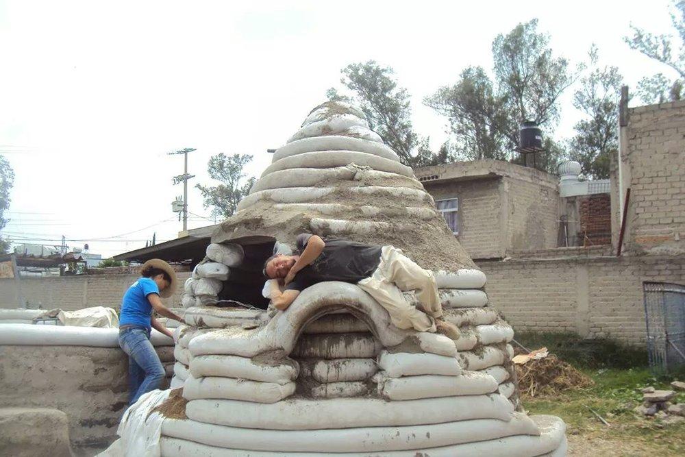 SuperAdobe EcoDome Guadalajara Mexico