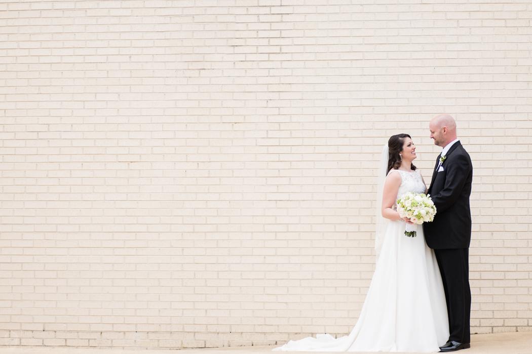 Photographs from Courtney & Jay's Montgomery, AL wedding by Alabama wedding photographers Little Acorn Photography (Luke & Jackie Lucas).