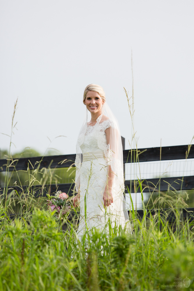 Photographs from Karon Dunnam's bridal portrait session at The Waters by Alabama wedding photographers Little Acorn Photography (Luke & Jackie Lucas).