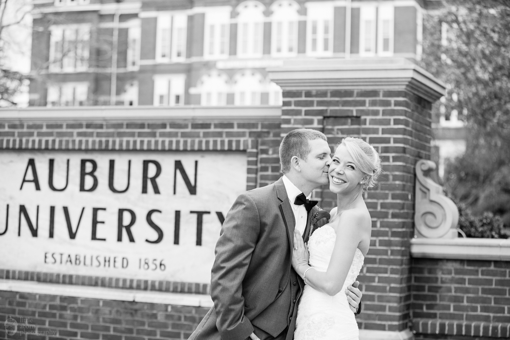 Photographs of Kimberly & RJ's Auburn, AL wedding (First Baptist Church and Hotel & Conference Center) by Alabama wedding photographers Little Acorn Photography (Luke & Jackie Lucas).