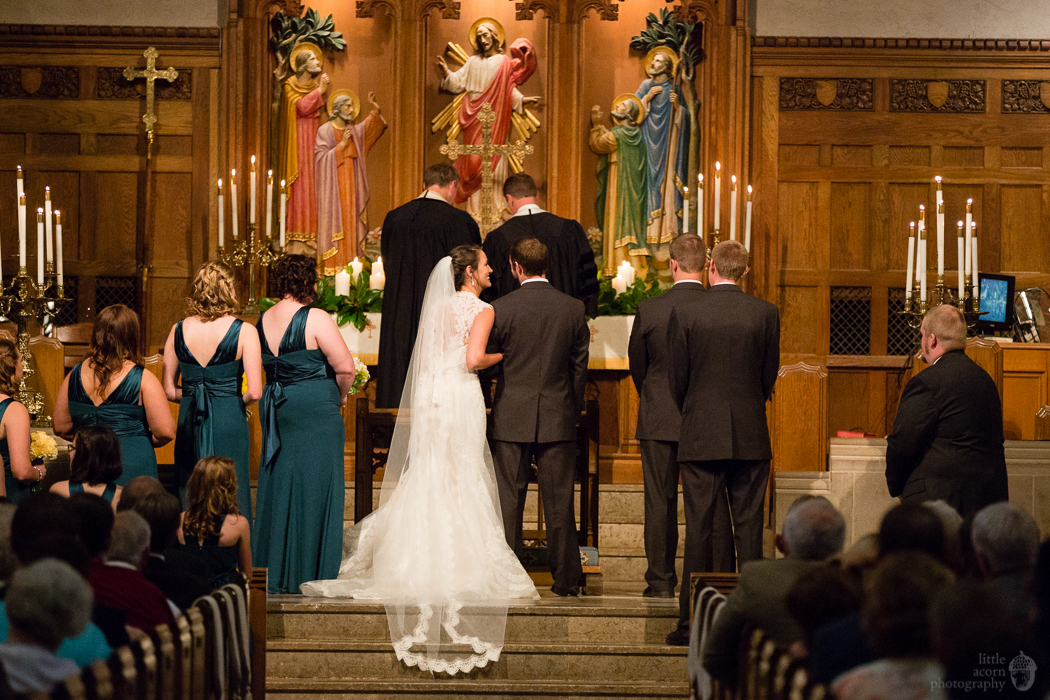 Photographs from Heather & Jack's Montgomery, AL First United Methodist wedding by Alabama wedding photographers Little Acorn Photography.