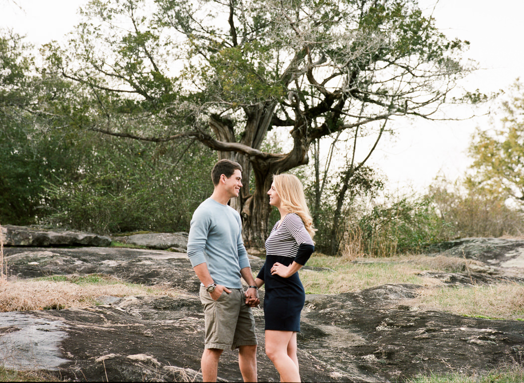 Photographs from Rachel & Connor's engagement session in Columbus, GA by Alabama wedding photographers Little Acorn Photography.