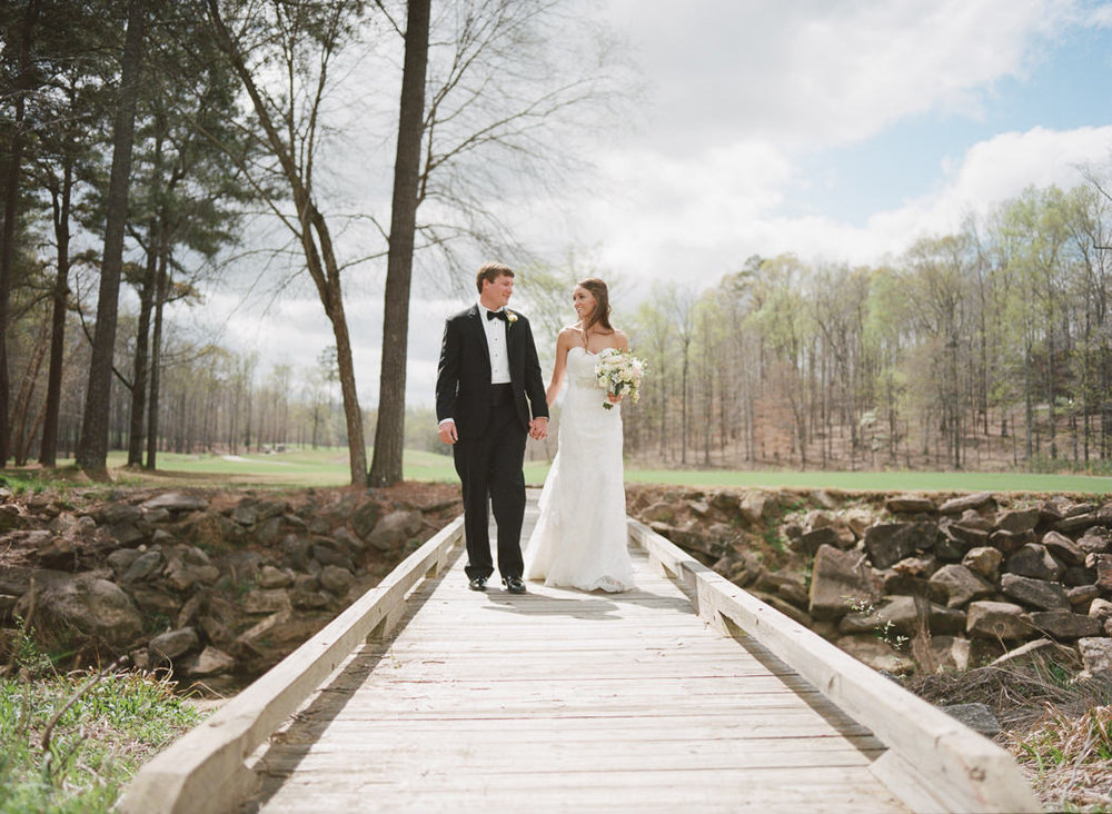 KR_Auburn_AL_Wedding-0016.jpg