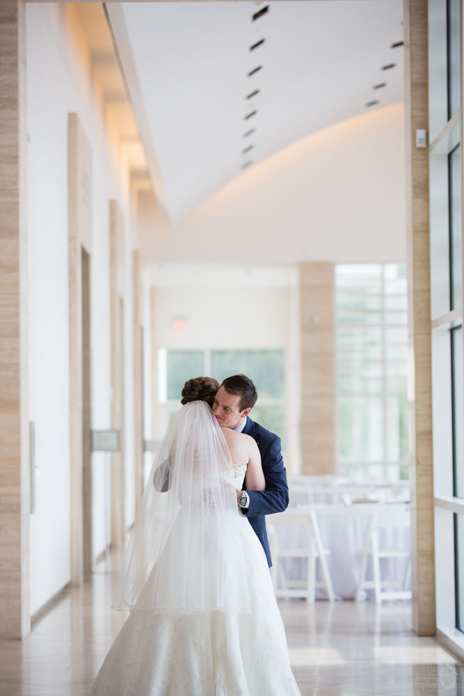 rj_auburn_al_jule_collins_wedding_020.jpg
