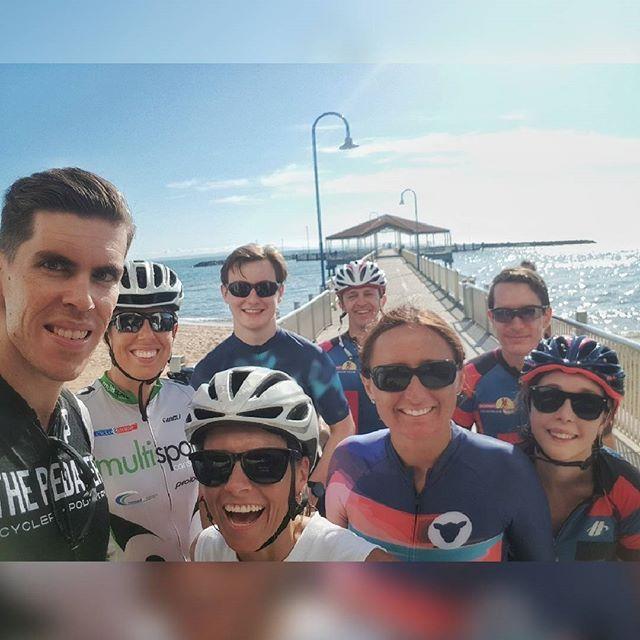 Starting the weekend right with a spectacular sunny spin to Redcliffe.... 🚴♂️🚴🏻♀️ . . .  #BTC #brisbanetriclub #trilife #swimbikerun #triathlon #brisbaneanyday #cyclechicks #cycling #tristuds #trichicks #strava #ridehincapie #WYMTM #swim #bike #run #mateship #