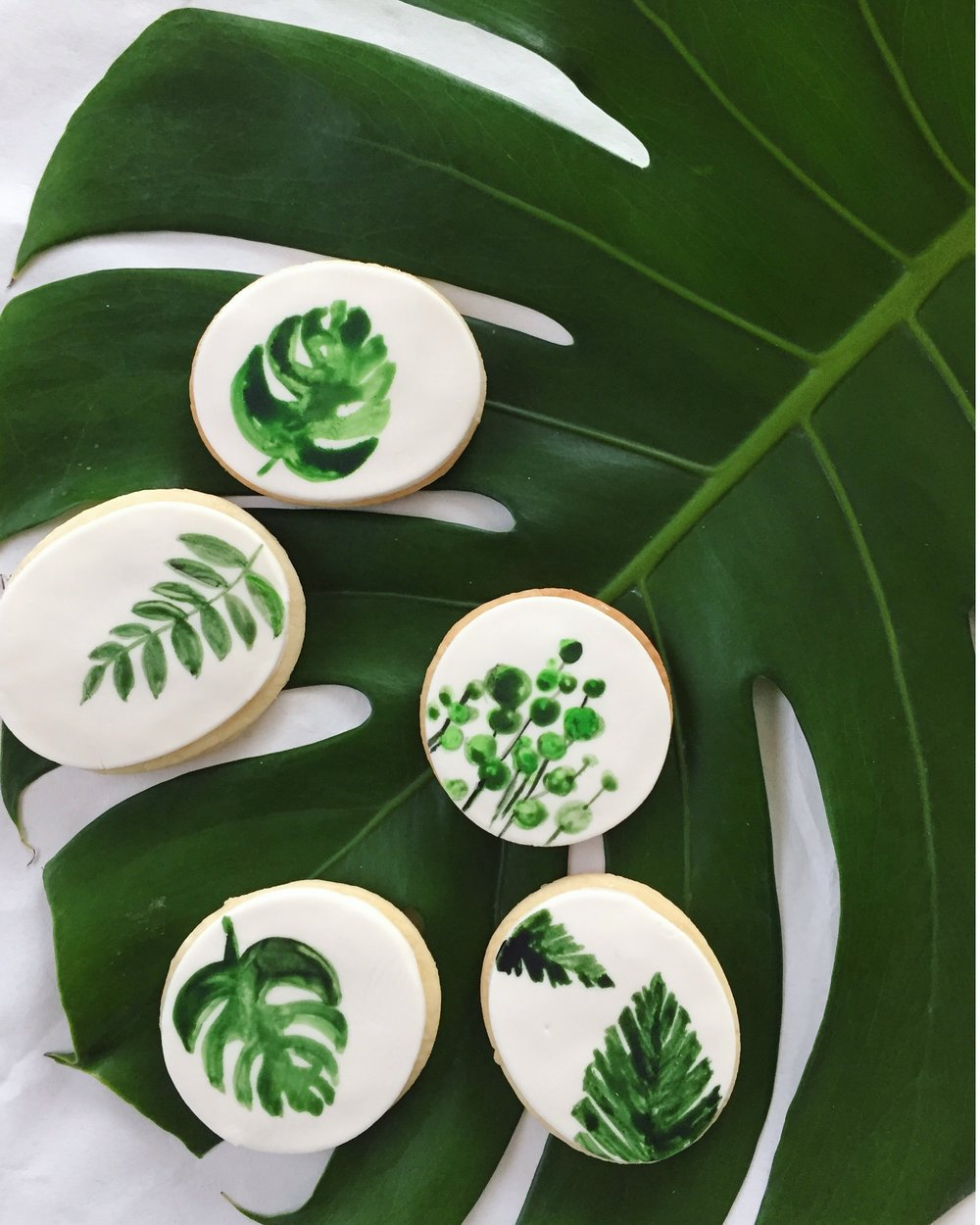 We still can't get over how pretty these Go Cakes cookies are!