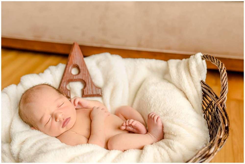Axton Parker Newborn_1477.jpg