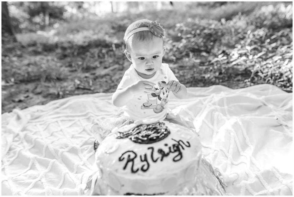 Ryleigh Cake Smash_1641.jpg