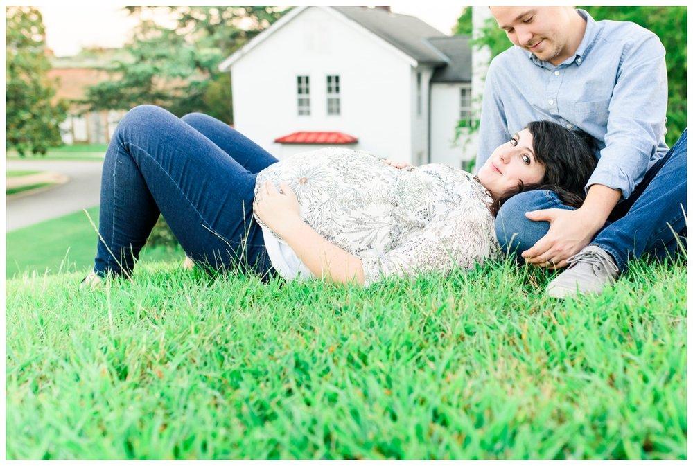 Becky  Maternity_0064.jpg