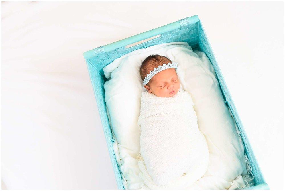 Emery Newborn_2207.jpg