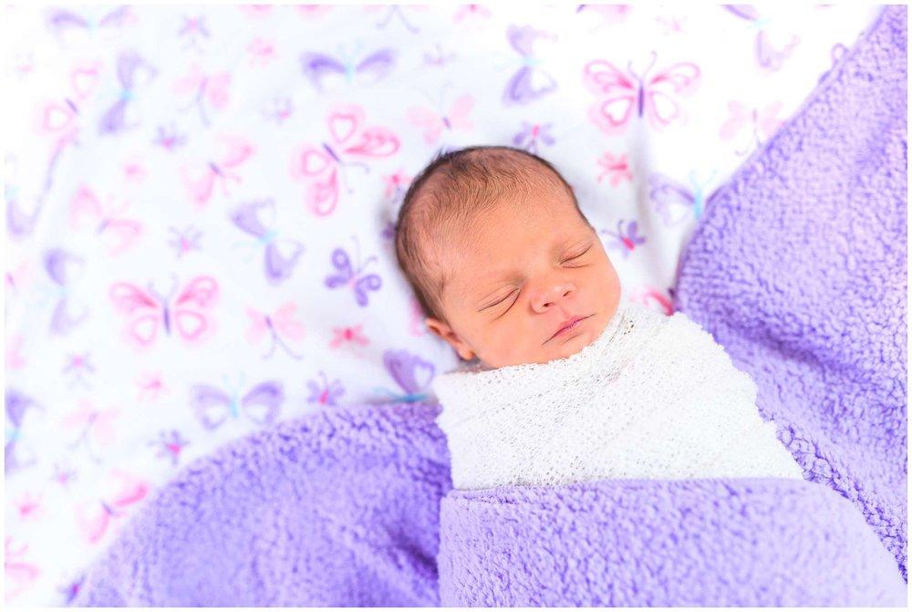 Emery Newborn_2209.jpg