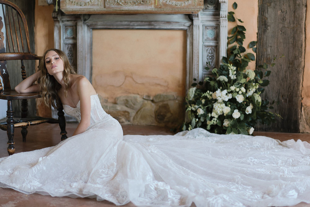 Helen Constance's Adeline gown featured in french magazine 'Le Wedding' magazine.   http://leweddingmagazine.com/shooting-dinspiration-romance-eternelle/