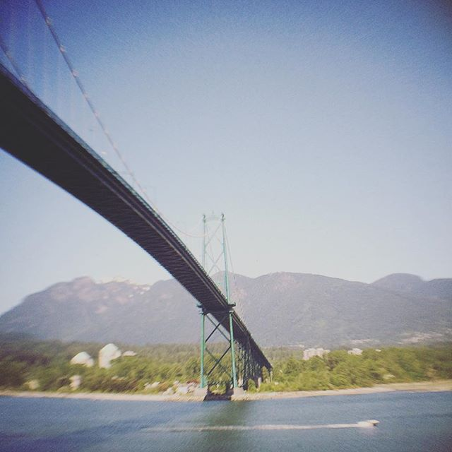 Beautiful days in #vancouver #Lionsgatebridge #hasselnuts