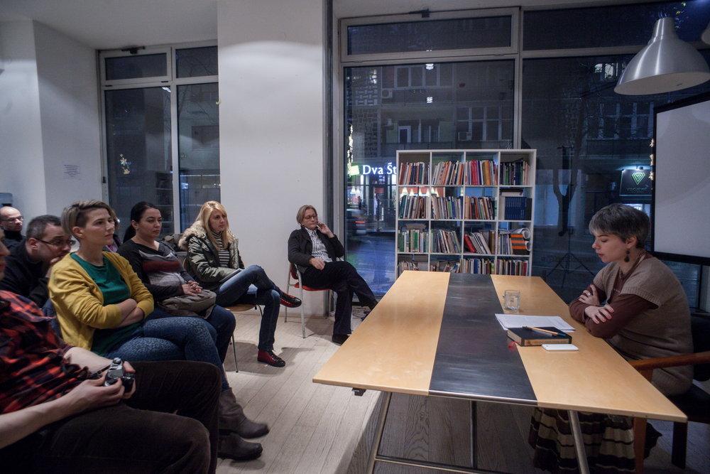 Tijana Tropin Predavanje Zaborav i knjige 9 decembar 2015 Kuća ljudskih prava Foto Srdan Veljovic (4).jpg