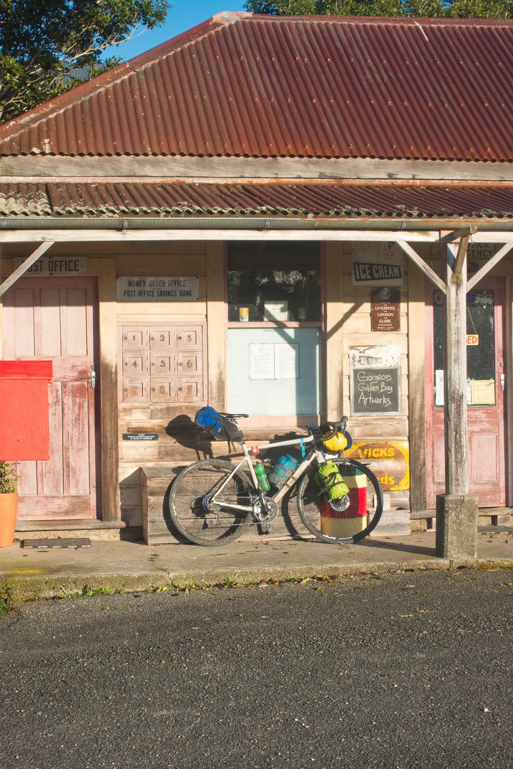 DSC03029-store-bike-web.jpg
