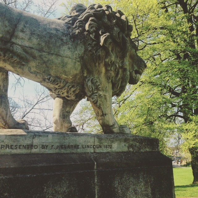 The Lion of Lincoln Arboretum, proud bearer of a Green Flag Award.