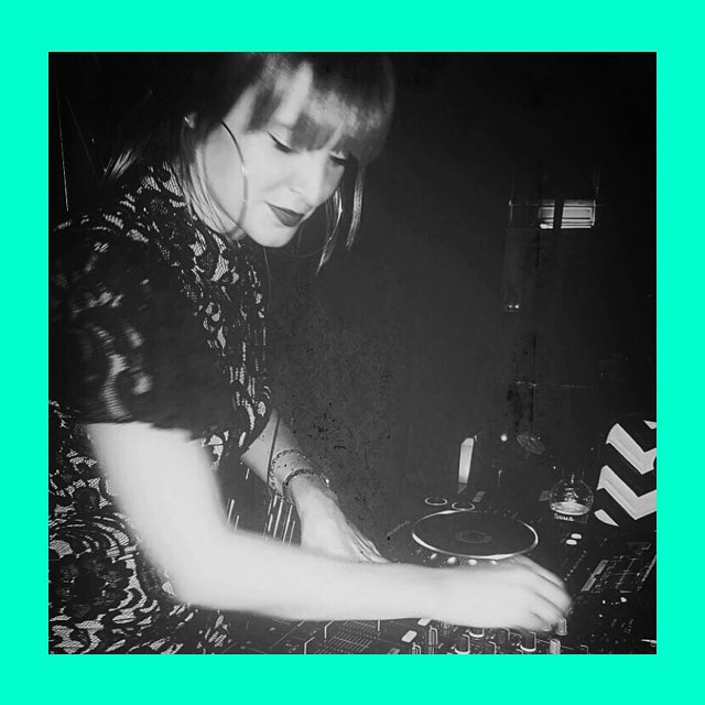 The wonderful @scarlettxxx djing in Istanbul for the @wistanbul. Check out her new mix below ❤️. www.mixcloud.com/scarlettlapidus/getting-down-house-mix #dj #girls #decibellondon #valiboutique # house #Istanbul #london
