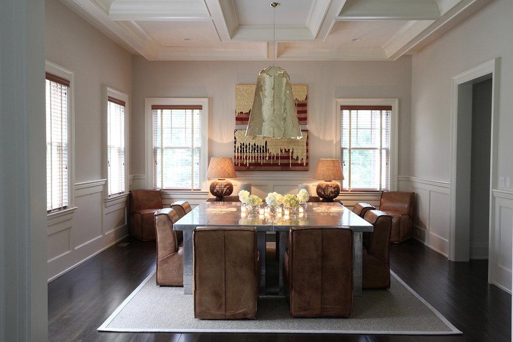 Hamptons_Leather_table_gold_lamp.jpg