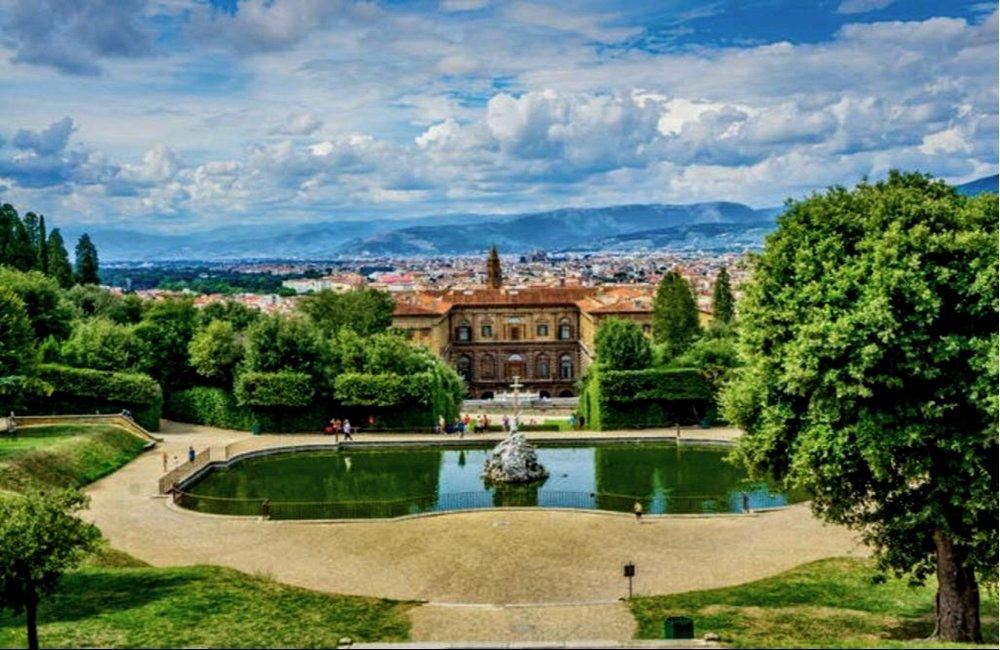 A beautiful walk in the Boboli gardens is invigorating.