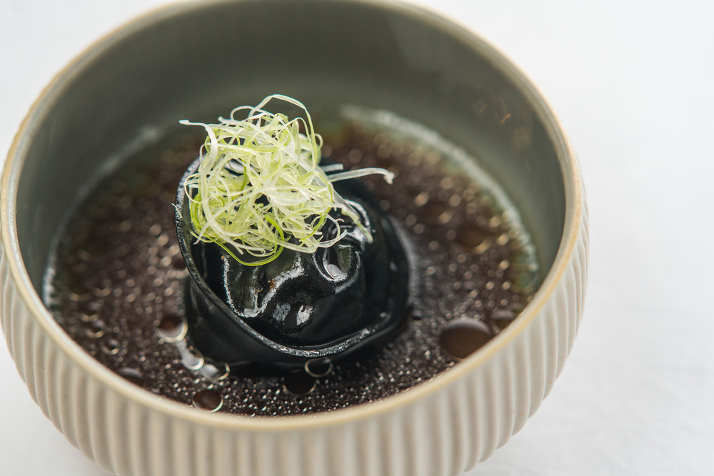 Tortellini - black.jpg