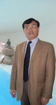 Sun Jian / 孙建 Professor, College of Foreign Languages and Literatures, Fudan University (Shanghai), Kina
