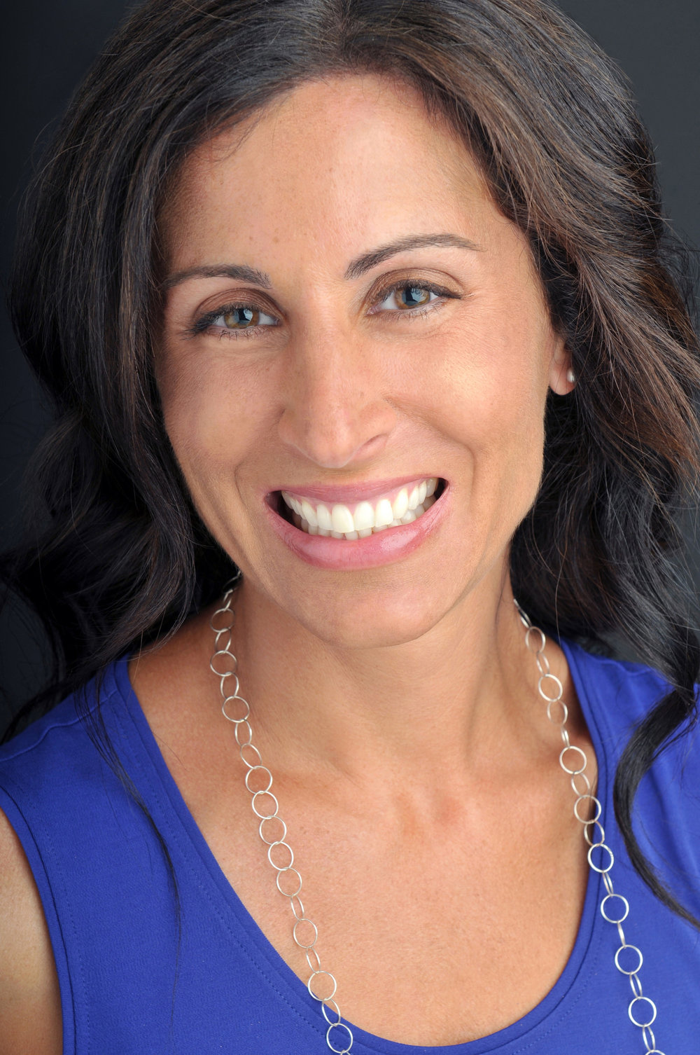 Author Photo - Lisa Genova credit to Greg Mentzer.jpg