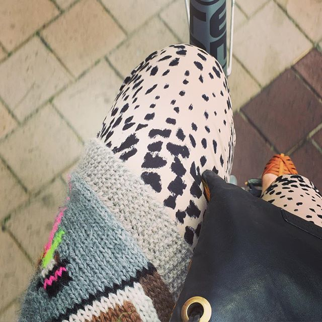 . . . B I K I N G F U N . . .  #nordikk #ontheroad #summerfun #bikingday #welove #comfy #silk #prints #totallyinlove #vintage #scandinaviandesign #essentials #juliefagerholtheartmade 😍